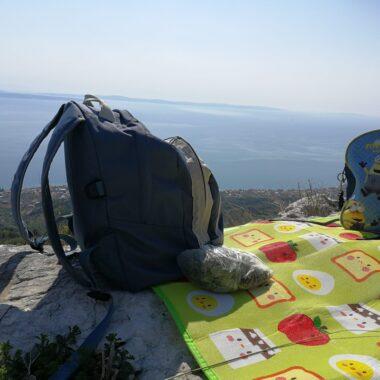 Green-morning-je-i-za-planine-scaled